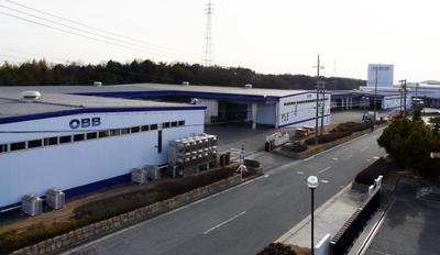 西日本最大級の製本・封入設備を誇る小野工場