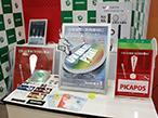 朝日堂、大阪勧業展で光るポスター「PICAPOS」紹介