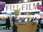 富士フイルム、SGIA Expoでワイドフォーマット2機種を世界初公開