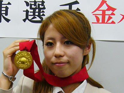 技能五輪凱旋会見、伊東選手「4日間、楽しく競技ができた」